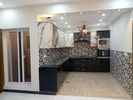 Bahria town Phase 8, 7 marla used house 5, proper double unit outstan