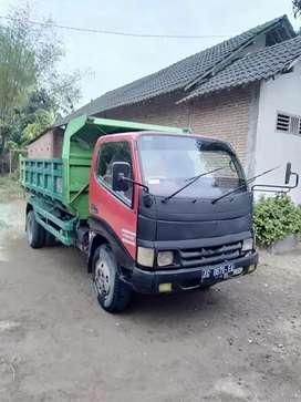 Jual dump truk th.2003
