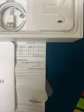 New apple iphone 11 headset and lighting cable