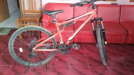 Sepeda Polygon Vander 1.0 Alutech 6061