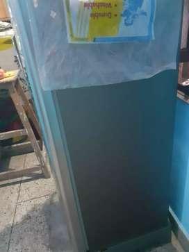 Sumung fridge 192 ltrs