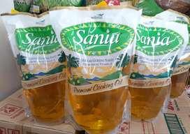 Minyak goreng Sania reffill 2 liter