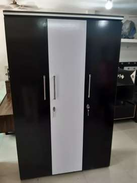 Shri balaji furniture factory rate pr avaible 3 door just rs 6500