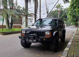 Jeep Cherokee Limited AT 1997 black