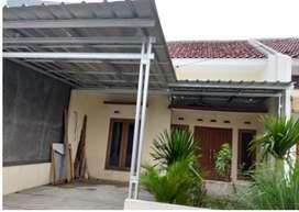 Disewakan rumah Tahunan dibelakang SMPN 20 Depok