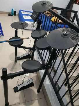 Dijual Drum Electric Yamaha Seri DTX-402