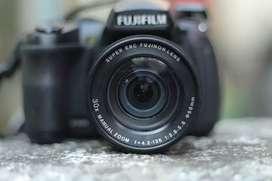 Fujifilm finepix hs25exr Prosumer