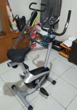 Sepeda Statis Magnetic Bike TL 8530
