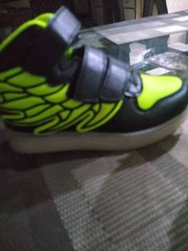 New imported unused led chargable shoes for 3-4yrs