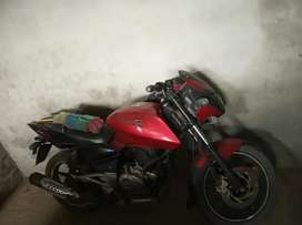 A very good running pulsar red black 2013 model for sale