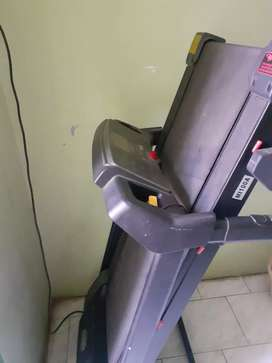 Tread mill used for sale