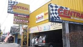 Dijual segera Usaha Variasi & Bengkel Mobil di Jl. Magelang Jogja Stra