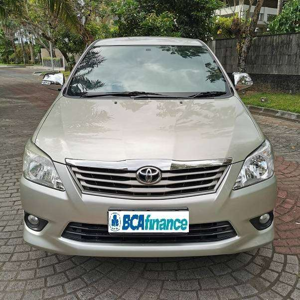 [DP21JT] Kijang Innova 2.0G bensin AT 2011 Murah 0