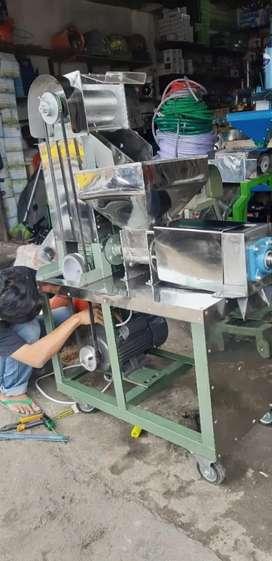 Baru Mesin Parut + Peras Kelapa Otomatis Siap Pakai