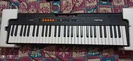 Keyboard/Paino Casio