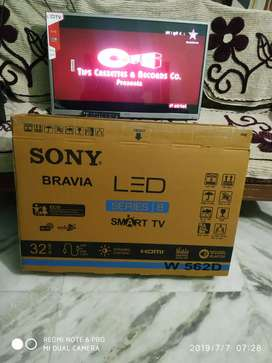 """-1yr Replacement waranty 32"""" Smart full Hd led Tv New seal packed"""