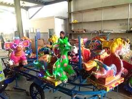 ERV 05 mainan usaha kereta mini panggung kinicir komedi