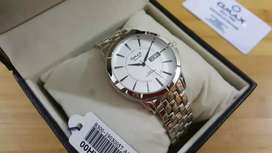 B055 Omax Silver Date Watch New