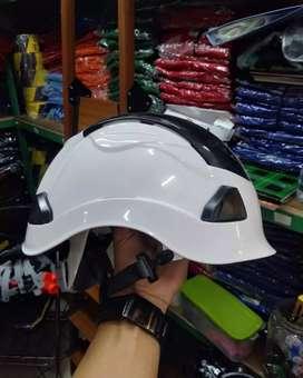 Helm outdoor leopard putih import