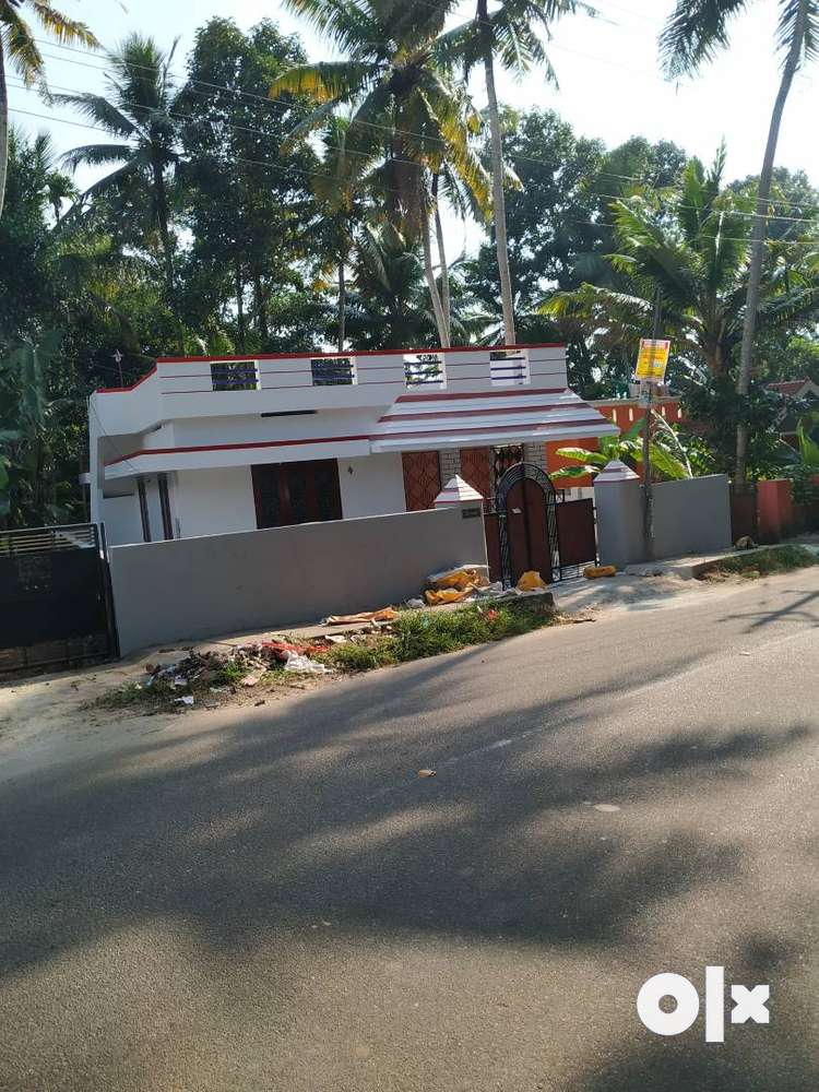 two bhk independent house for sale near mankattukadavu, thirumala.