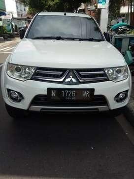 Mitsubishi pajero sport exceed diesel second, matic 2015 putih