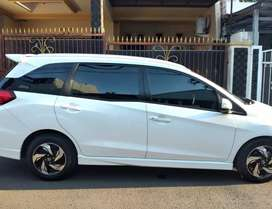 Honda mobilio RS CVT 2015  ( cash only)