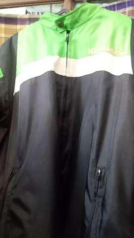 Jaket Ijo Hitam Tanggalan Motor Kawasaki Ane Gan (BACA YA)