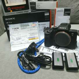 Kamera Sony A7R Mark-III BO + Sony Flash HVL-60 (Super Mulus like New)