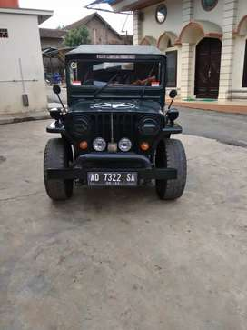 JEEP WILLYS thn 1956