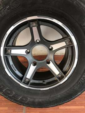 Yokohama tyres with alloy 3 peices