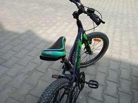Avon cycle sports flat tyres mountain bike