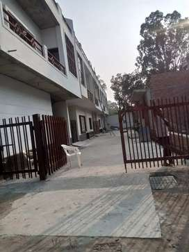 Ready to move House Available in gated colony Sport College Kursi Road