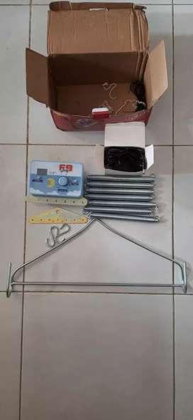 Ayunan listrik otomatis & hanger segitiga besi untuk ayunan bayi
