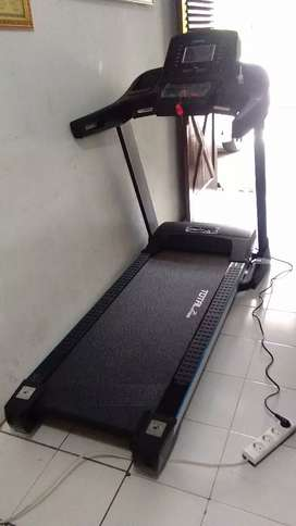 B I G  Treadmill Semi Komersial TL 199
