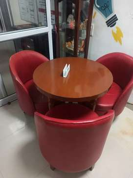Sofa Chair with Round Table