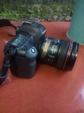 Urgent sale Canon camera 24 * 77 lence exchange avalable