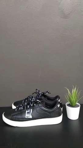 Sepatu nike womens blazer low se original