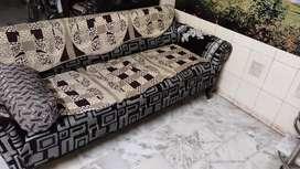 Sell sofa set