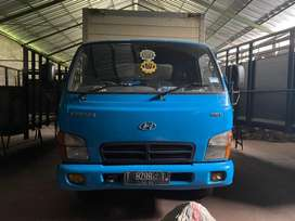 Hyundai Mighty 136L bok