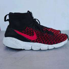 """Nike air footscape magista flyknit """"gym red """"  Kondisi 92%  Size: 42"""