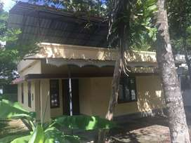 2 bhk 800 sqft house for rent at aluva near panayikulam