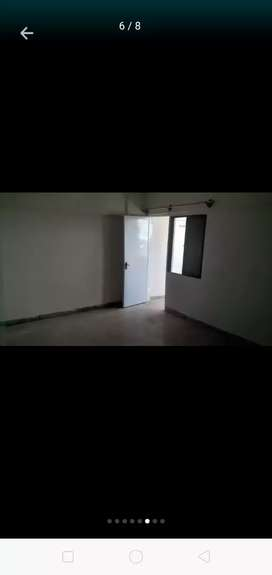 Urgent sale 2bed dd well Mainten apartment vip blck14 gulistan johar