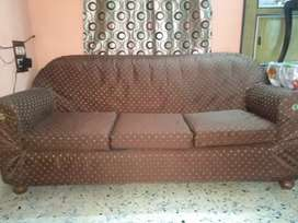 Sofa set ,(one 3seater n 2 single seater)