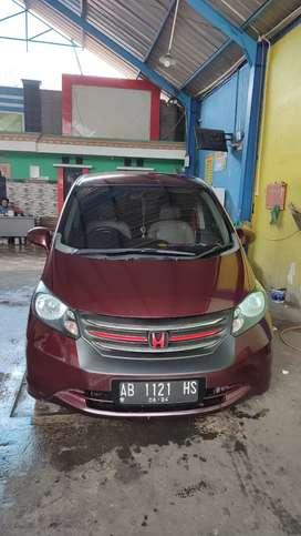 Dijual Honda Freed PSD 2010