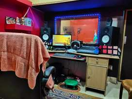 I want sell my recording studio only 400000/-