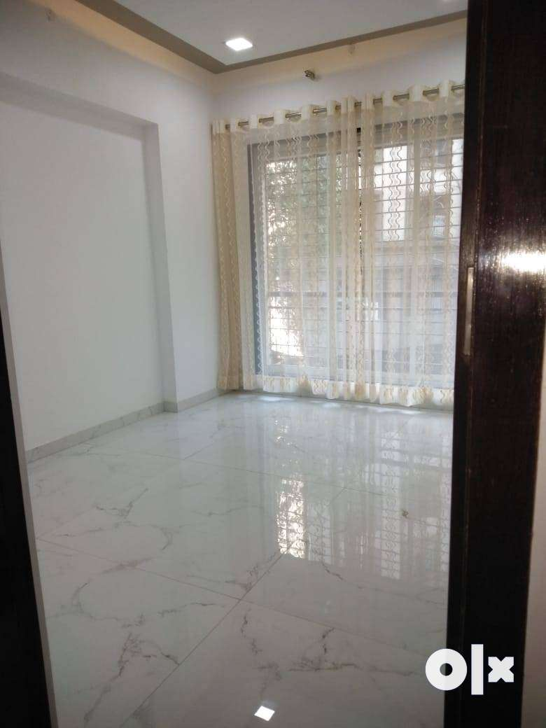 Semi Furnished Flat in Affordable Price at Mira Road!!! 0