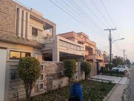1 Kanal House is available for sale in Garden town, Gujranwala.