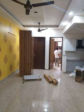 builder flat 3 bhk with lift and parking 44 lacs