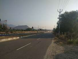 14 cent commercial land + 3000 sq building for sale.