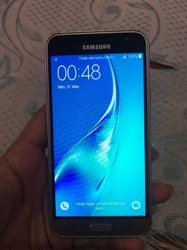 Samsung galaxy j3 2016 amoled lengkap